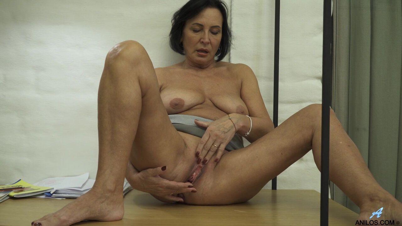 Порно Фото Двумя Руками